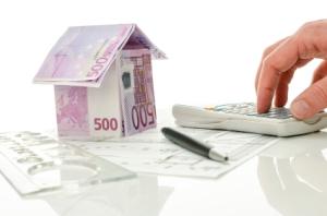 Selfassurance : taxe d'habitation, impôts