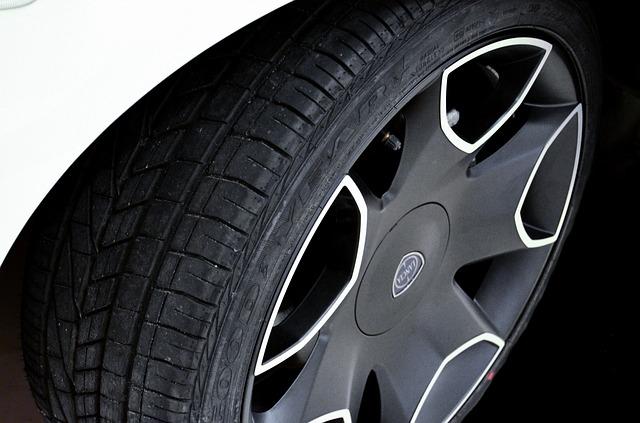 Les causes de l usure pr matur e des pneus selfassurance for Usure pneu interieur